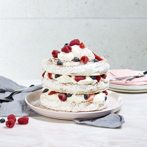 Kirsten Tibballs' Mother's Day Meringue